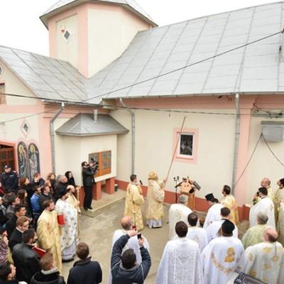 biserica_trestiana-slujba_resfintire-foto_tudorel_rusu_25